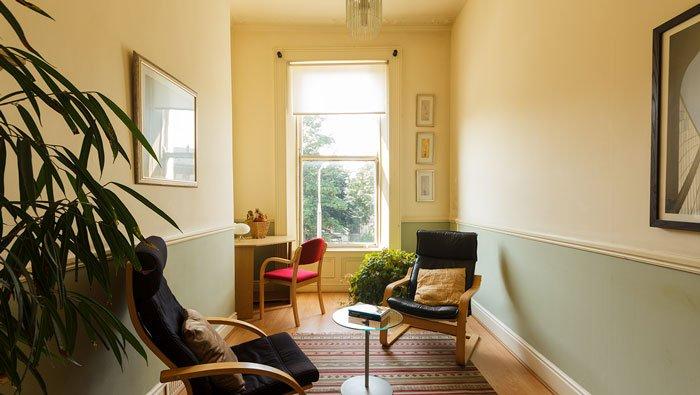Oak Room, Oscailt, Dublin