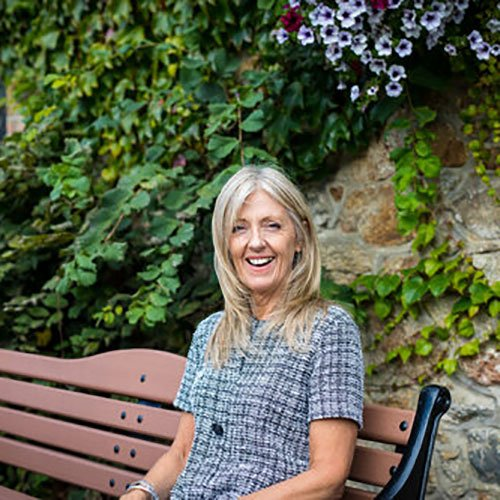 Elizabeth Webb - Psychotherapist, Oscailt, Dublin